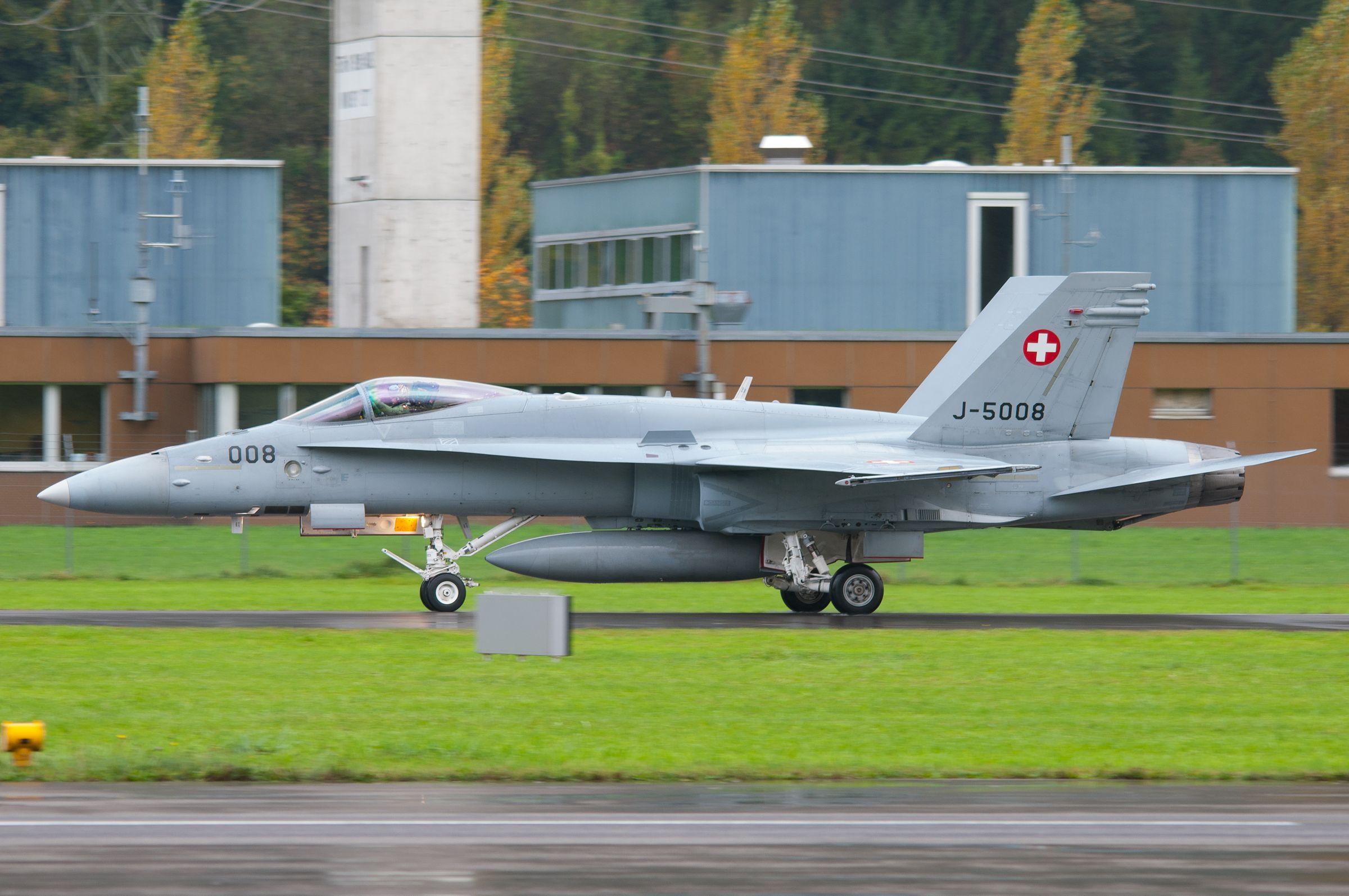 Air force live fire event Axalp 2012 - 10-11 Oct 2012 - Pagina 2 000147