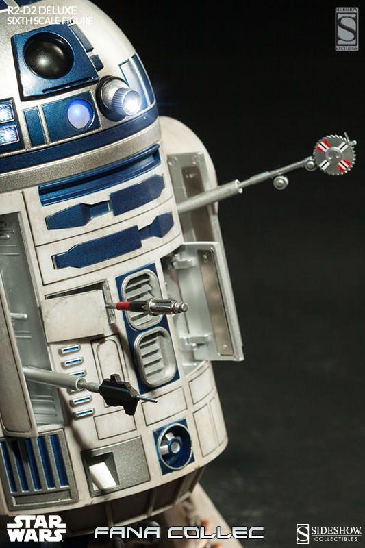 STAR WARS - R2-D2 deluxe G677