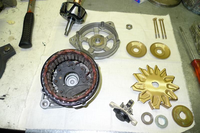 Reconversion de mon Escort MK3 Ghia en Escort RS 1600i - Page 5 P1040986g