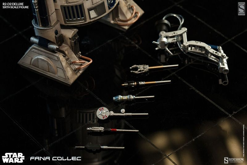 STAR WARS - R2-D2 deluxe 9s5l