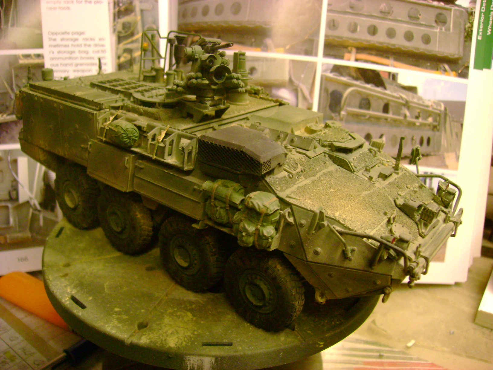 M1135 Stryker NBC RV 1/35 Trumpeter....Terminer Up du 29/10... - Page 3 69912046