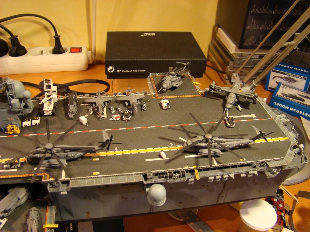 USS WASP LHD-1 au 1/350ème par nova73 - Page 8 Dsc09120tl