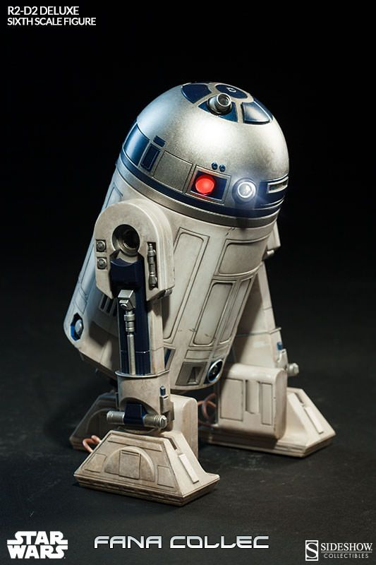 STAR WARS - R2-D2 deluxe Dhze