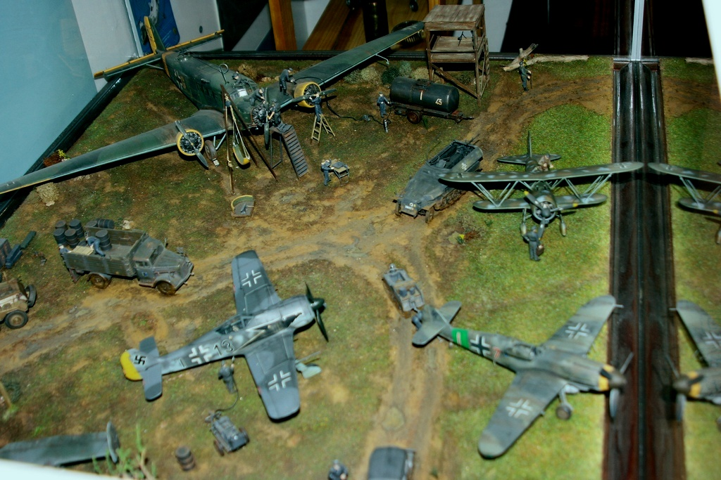 Diorama terrain aviation Luftwaffe 1/48 O9e7