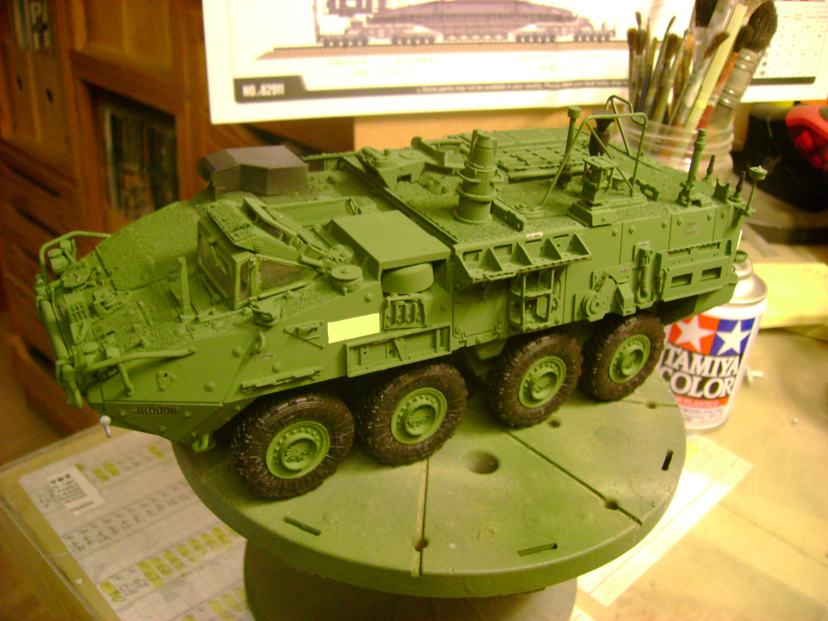M1135 Stryker NBC RV 1/35 Trumpeter....Terminer Up du 29/10... - Page 3 10730834