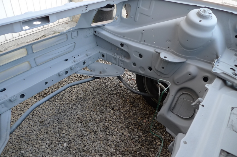 Reconversion de mon Escort MK3 Ghia en Escort RS 1600i - Page 6 P1050824