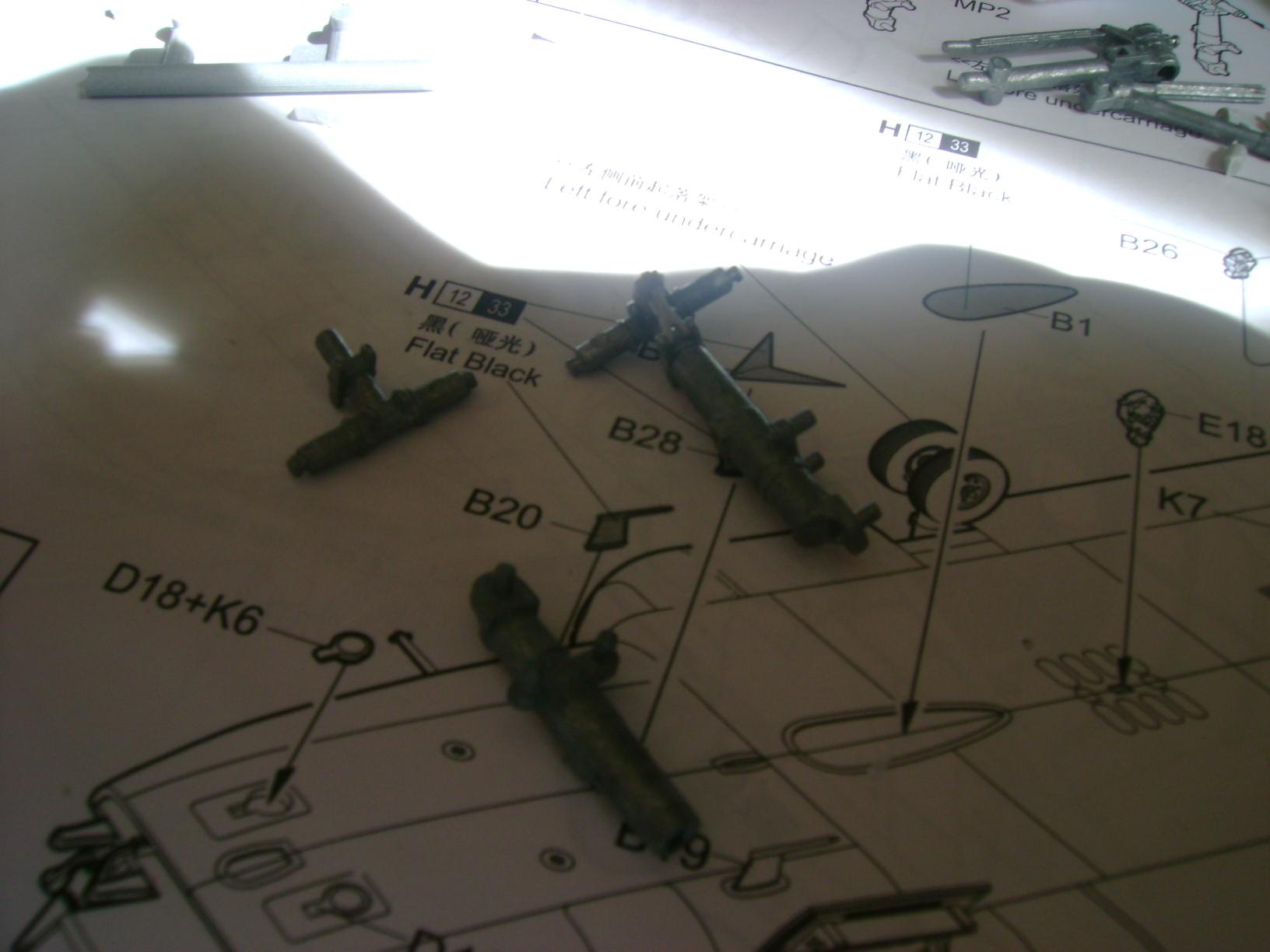 """CH-47D """" Chinook""""....Début de montage...1/35 Trumpeter.Up du 05/05... 75818047"""