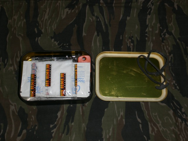 Kit de Supervivencia en Lata...Parte II... Cimg2929