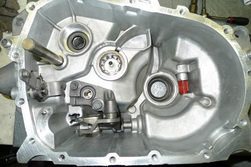 Reconversion de mon Escort MK3 Ghia en Escort RS 1600i - Page 5 P1040934e