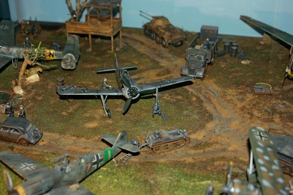 Diorama terrain aviation Luftwaffe 1/48 Kv0w
