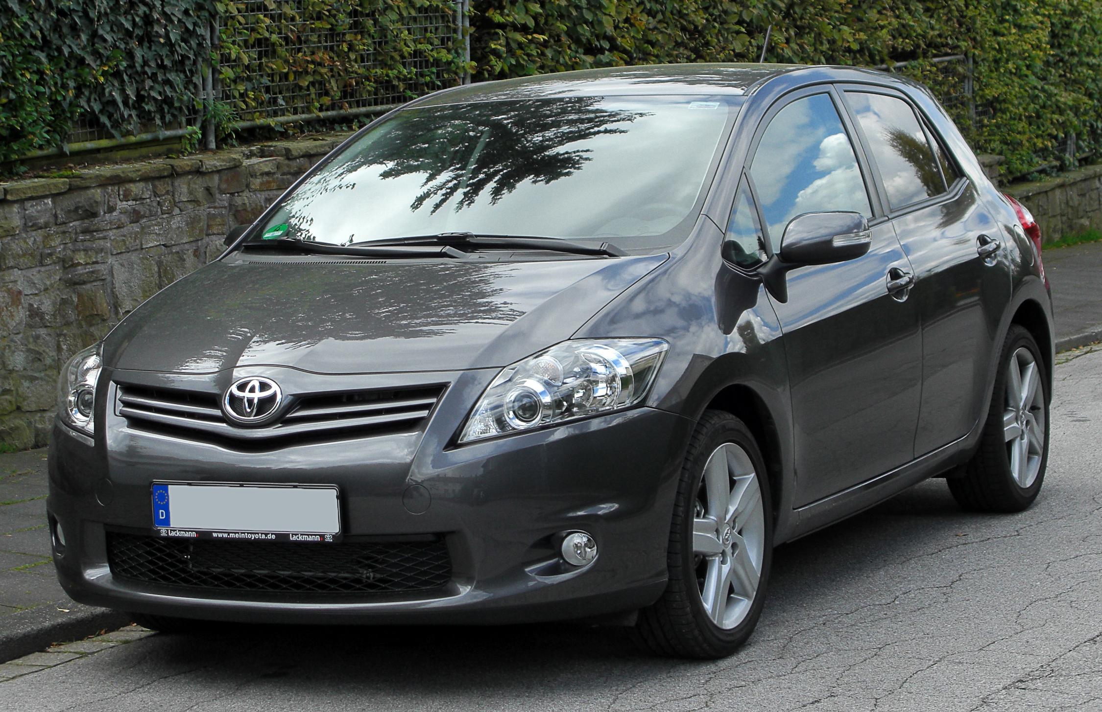 La Auris (2007 à aujourd'hui) Toyotaaurisfaceliftfron