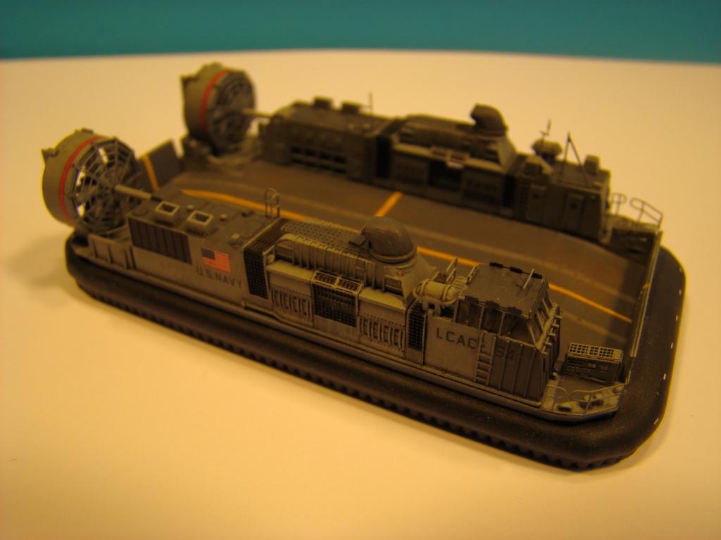 USS WASP LHD-1 au 1/350ème par nova73 - Page 6 Dsc09000k
