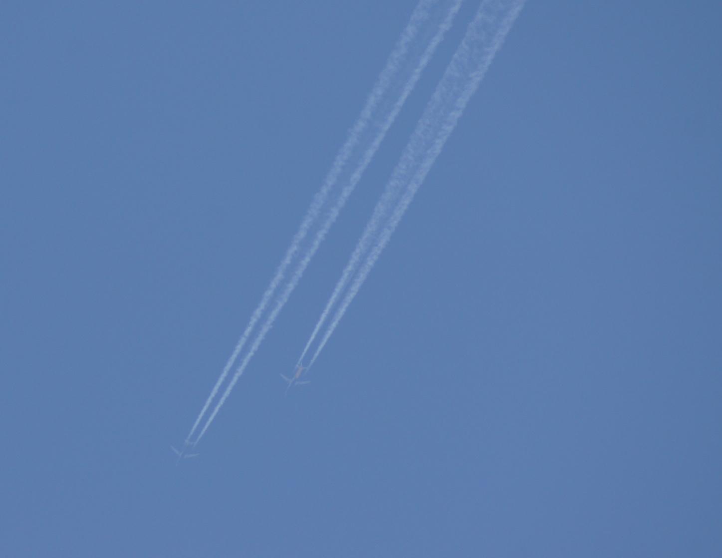 Spotting à très haute altitude By Johan35 Avions7