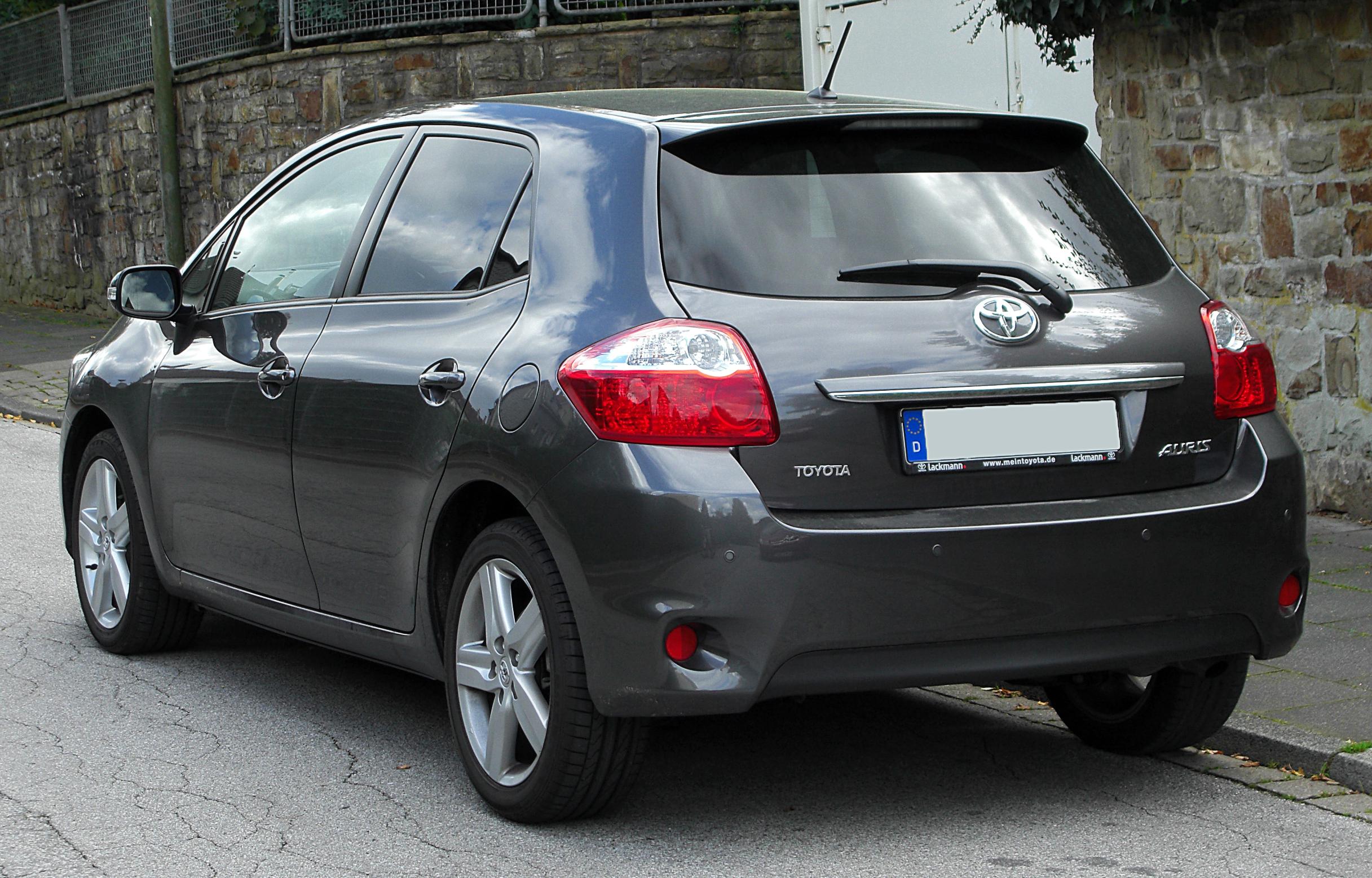La Auris (2007 à aujourd'hui) Toyotaaurisfaceliftrear