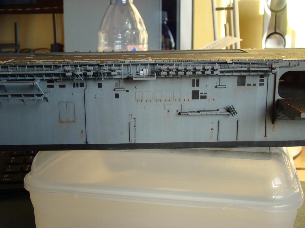 USS WASP LHD-1 au 1/350ème par nova73 - Page 7 Dsc09092g