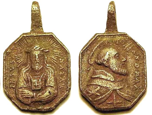 Recopilación medallas con el Rostro de Cristo ( Salvator Mvndi II) B51z