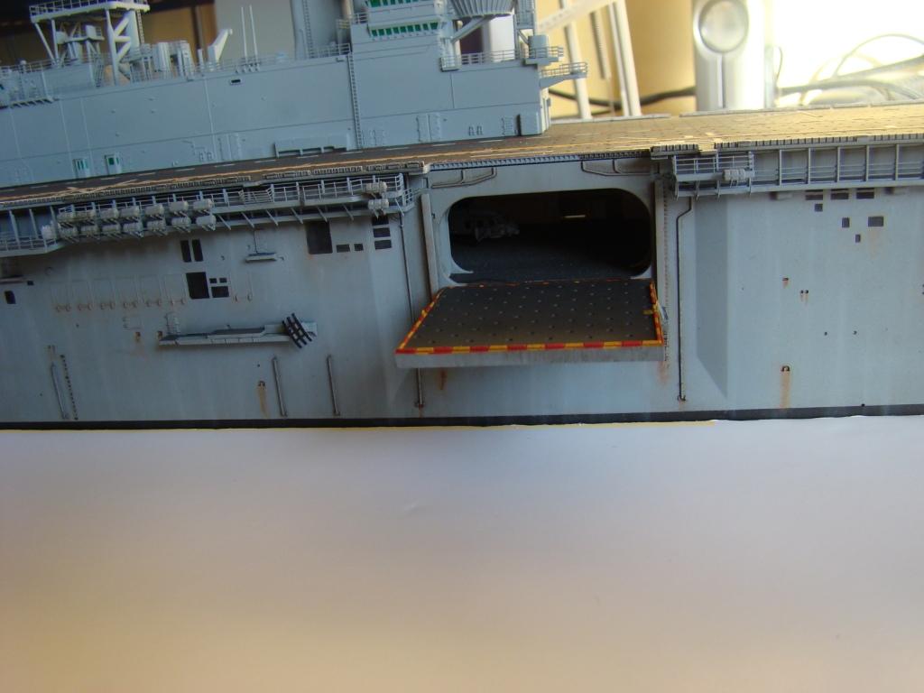 USS WASP LHD-1 au 1/350ème par nova73 - Page 7 Dsc09097j