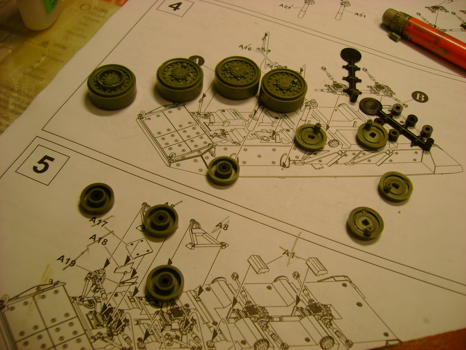 Stryker M1128 MGS Terminé.... - Page 2 Dsc00500v