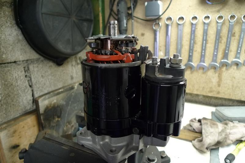 Reconversion de mon Escort MK3 Ghia en Escort RS 1600i - Page 4 P1040873g