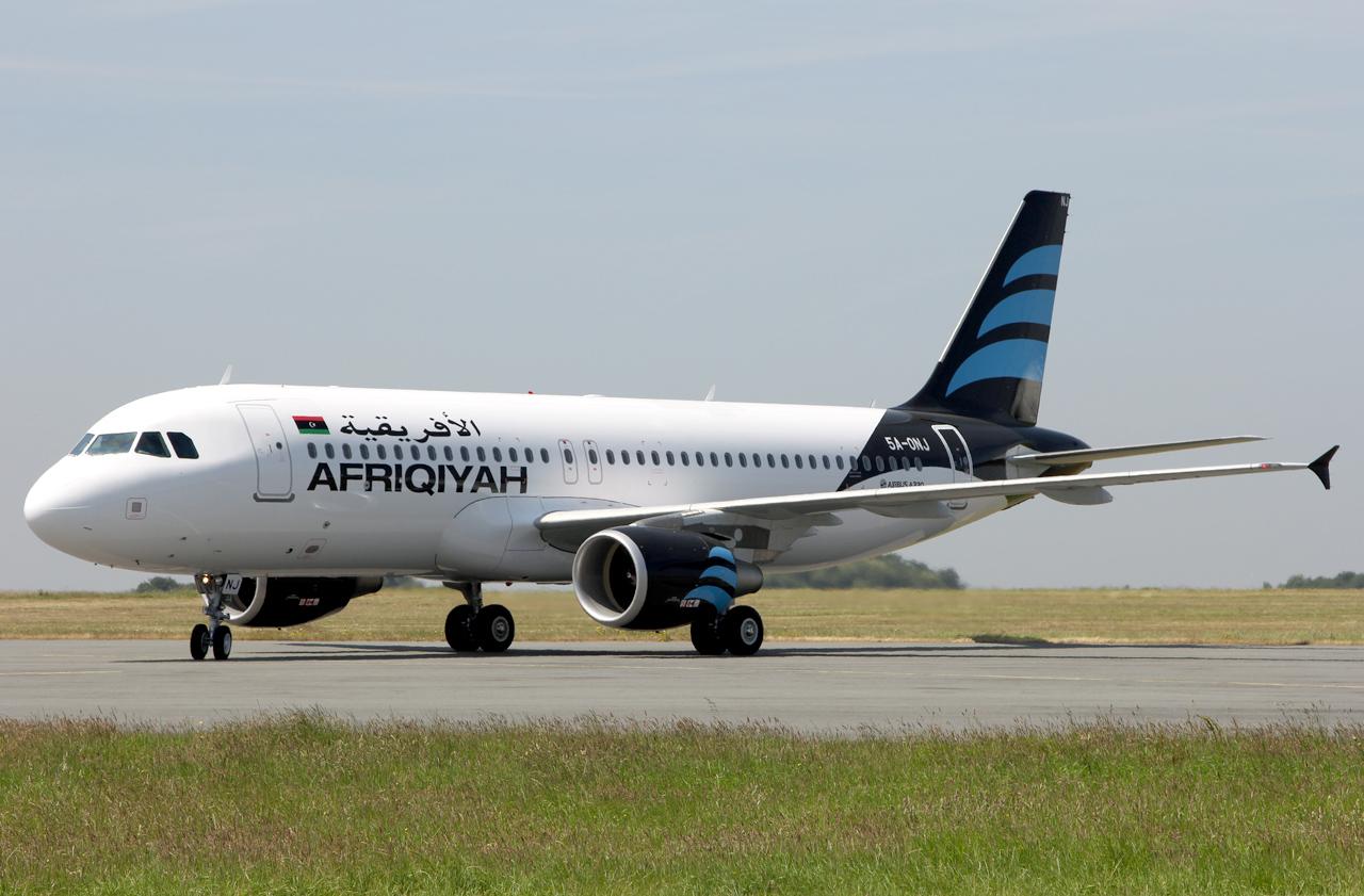 Airbus A320-214 Afriqiyah Airways 5A-ONJ le 15.07.13 B1xf