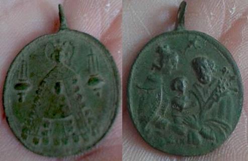 Médaille ND-de-Liesse & Ste Famille - XVIIIème Liessett3familiaforumbi