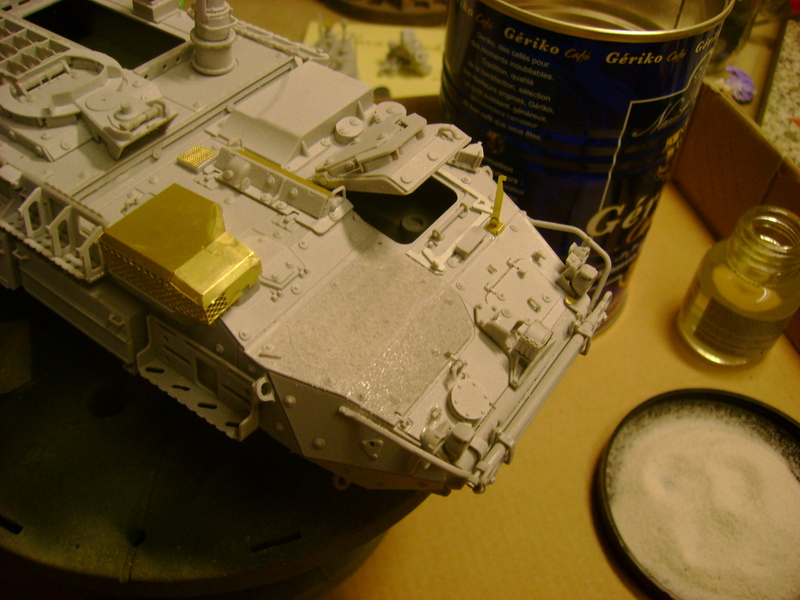 M1135 Stryker NBC RV 1/35 Trumpeter....Terminer Up du 29/10... - Page 2 90648739