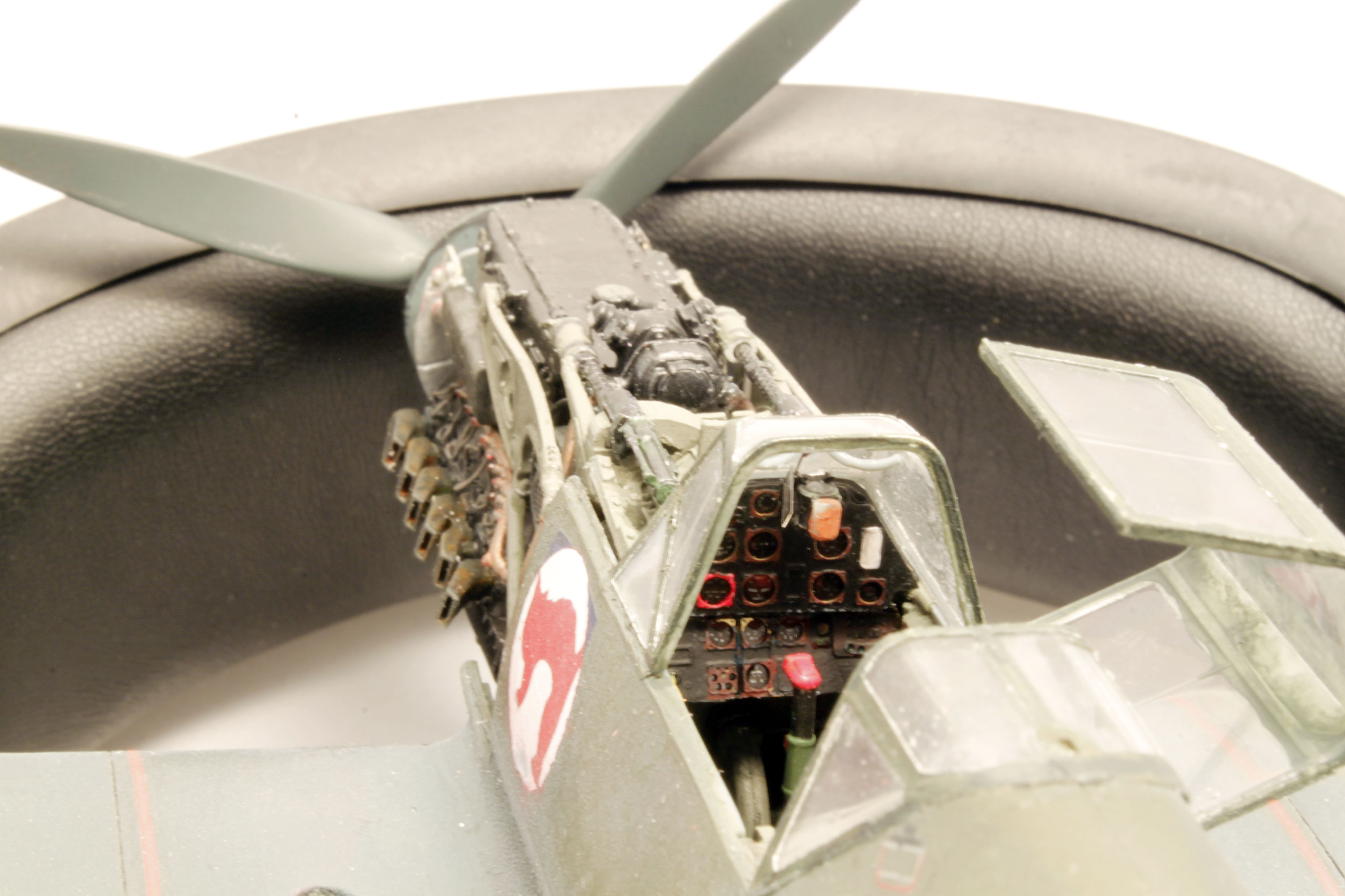 Me Bf 109 E1  [ Eduard 1/32 ] - Page 5 Km2pQQ