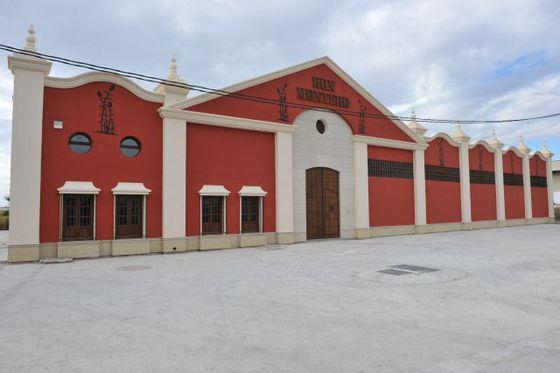 HISTORIA DEL RON PÁLIDO MONTERO U4FfzM