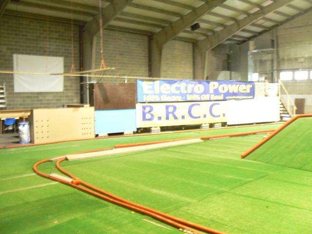 BLACK COUNTRY ARENA Première piste Indoor TT permanente en Belgique - Page 2 P1050985f