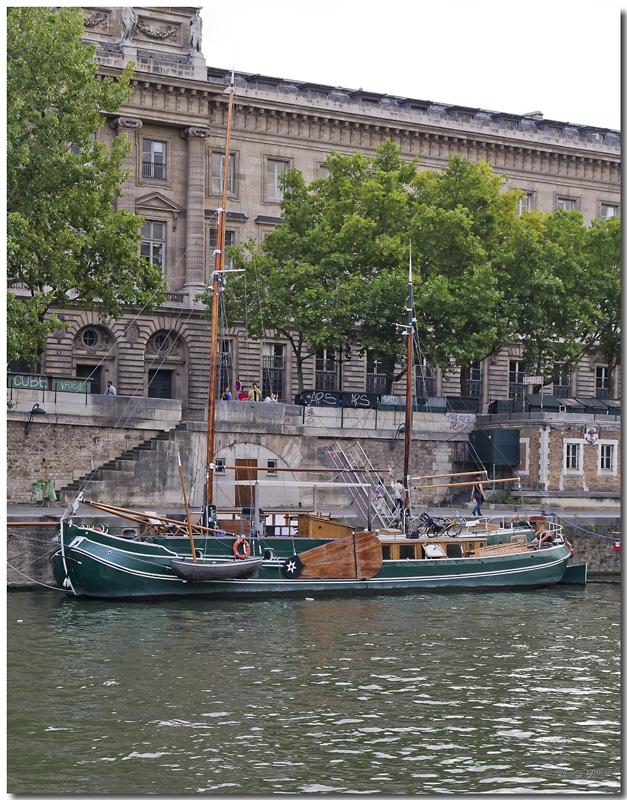 A Paris au mois d'août.  - Page 11 Jp115841024