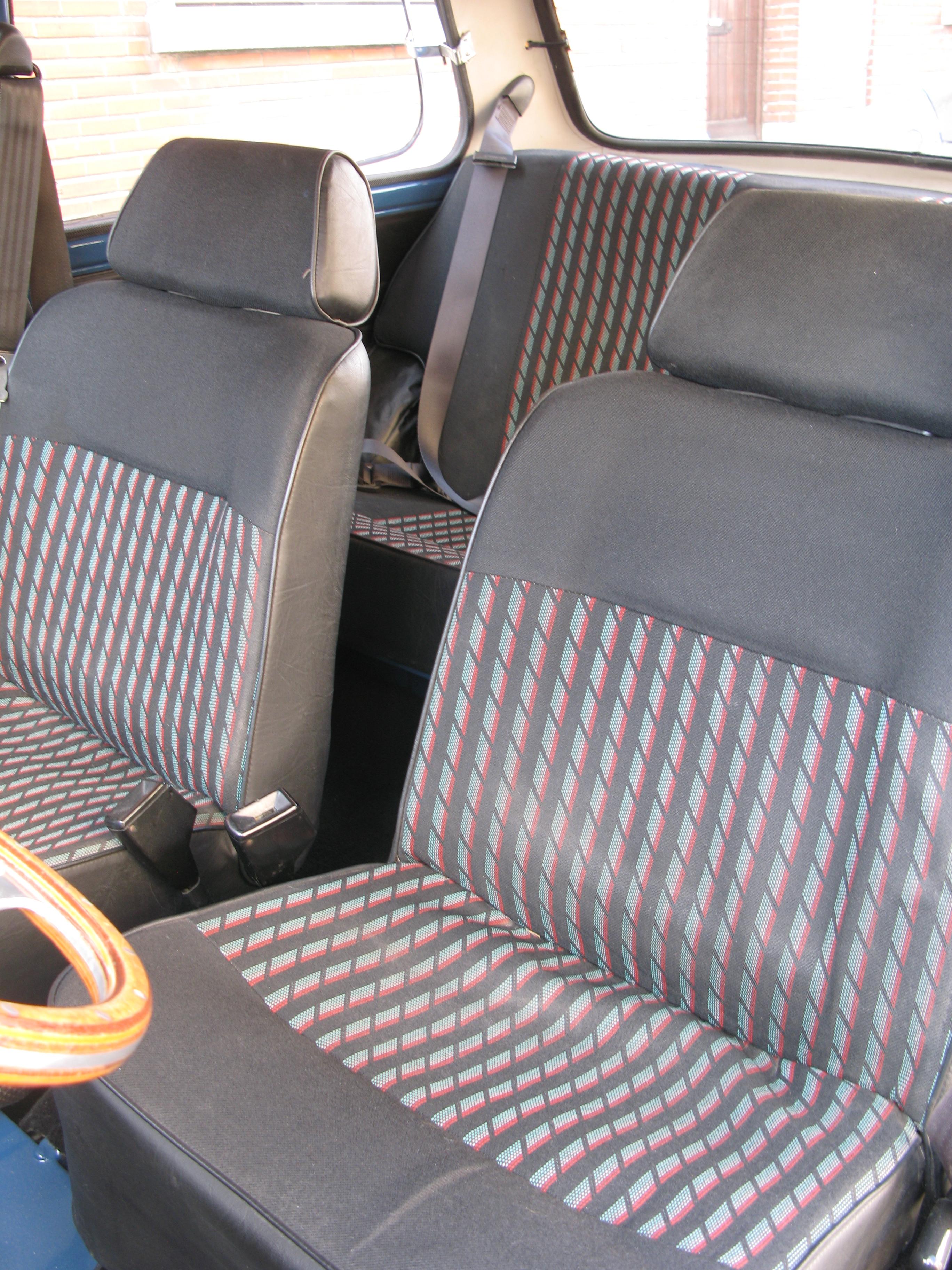 Liégeois en Mini 1000 de 1979... peut-être Img3538k