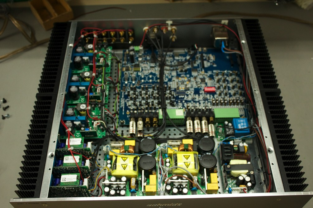 Acoustic technology mfg. Fabricación de equipos a medida. Valencia Q0Rf8U