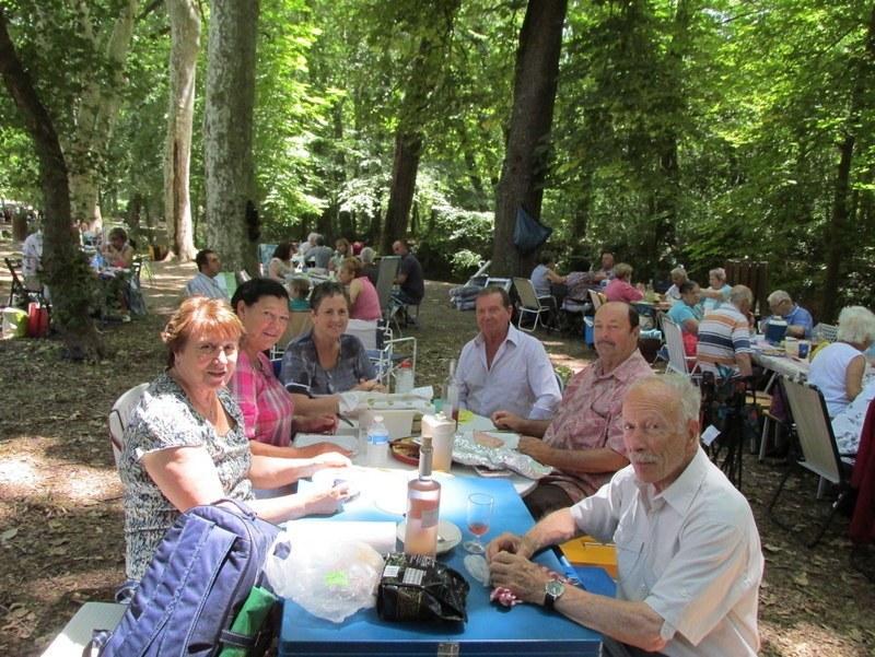 Journée familiale à Valabre - Samedi 21 juin 2014 Auu4