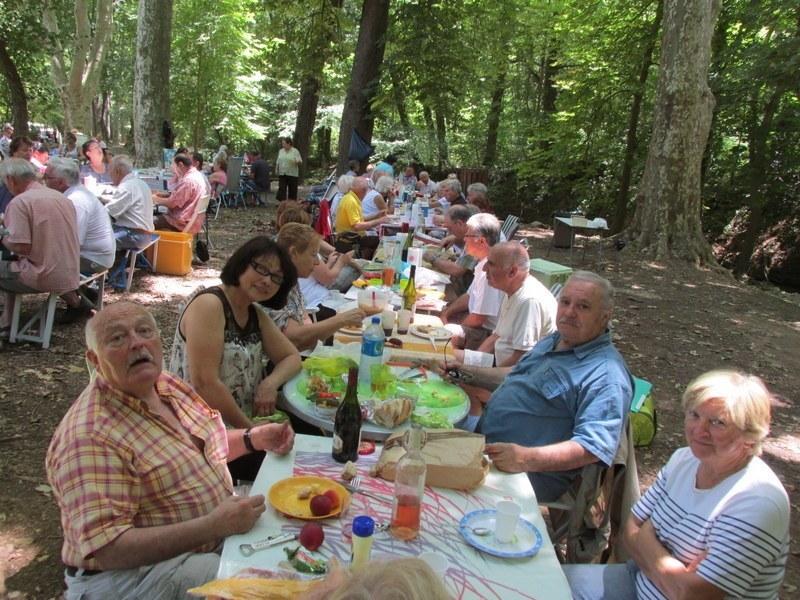 Journée familiale à Valabre - Samedi 21 juin 2014 Wjo1n