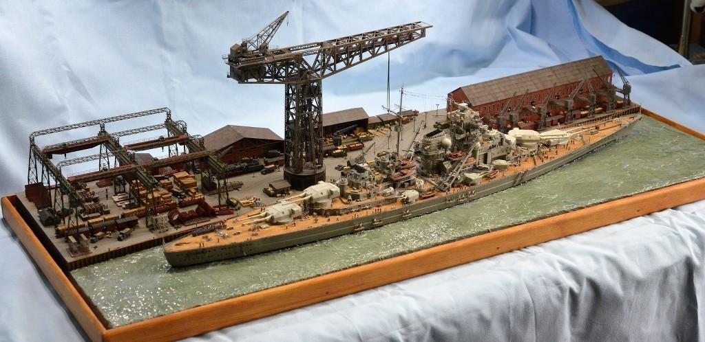 Grande grue 250 t port de Hambourg et Bismarck Revell au 1/350 - Page 11 OJxjj8