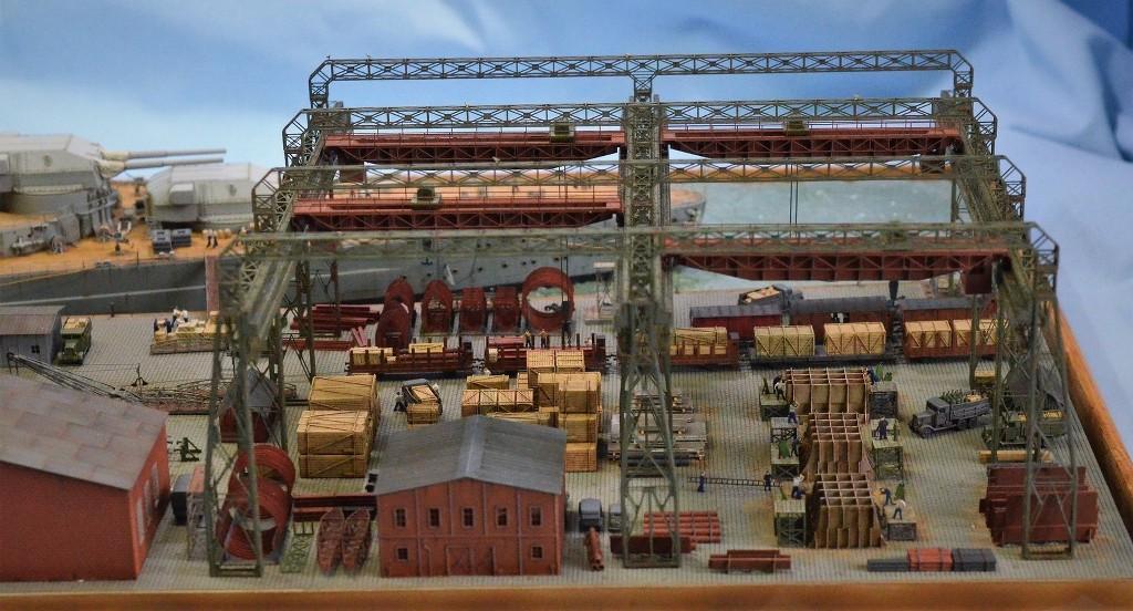 Grande grue 250 t port de Hambourg et Bismarck Revell au 1/350 - Page 11 47nGTj