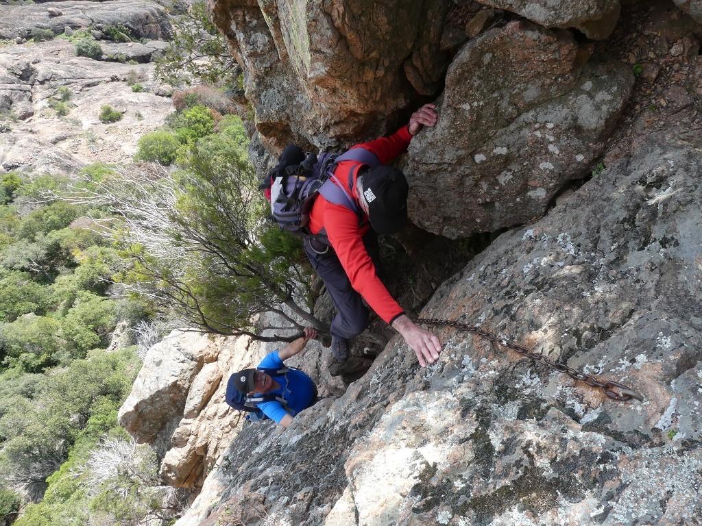 Traversée du Rocher de Roquebrune-Jeudi 29 mars 2018 8Vr9sn