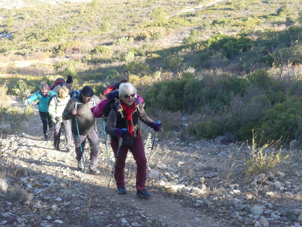 Garlaban-Pichauris-Plateau de l'Aroumi-Jeudi 30 novembe 2017 MzUWhY