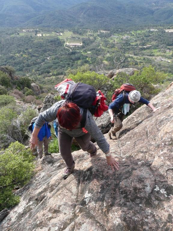 Traversée du Rocher de Roquebrune-Jeudi 29 mars 2018 OwlhLr