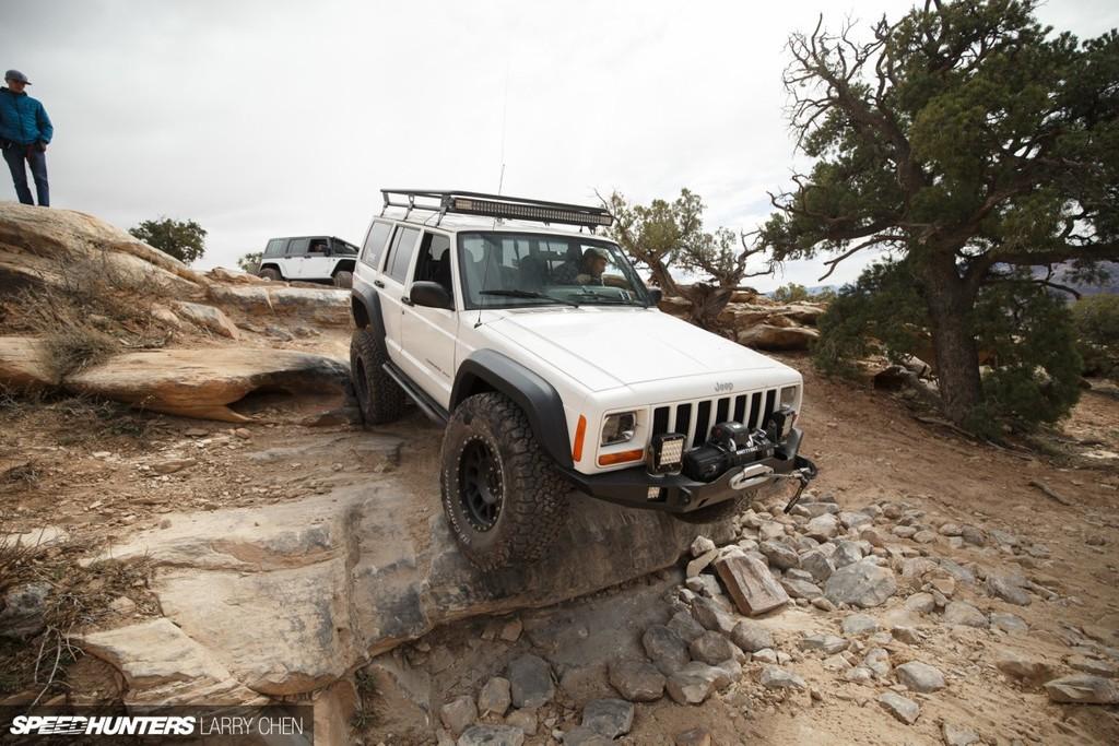 Axial SCX10 II Jeep Cherokee XXrEhx