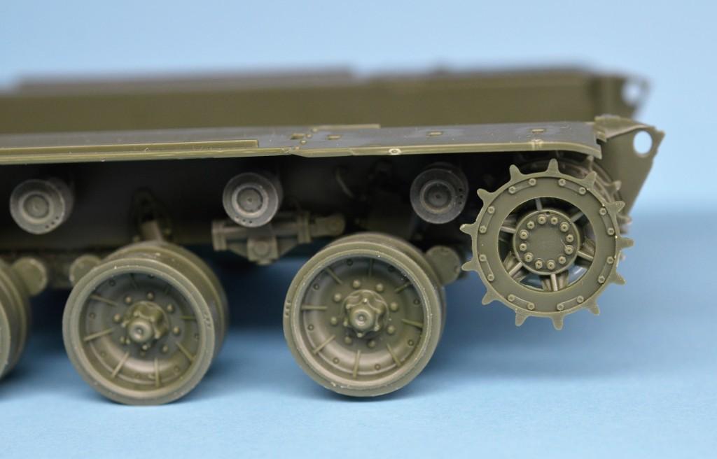 AMX-30B au 1/35 de chez MENG DwwEbA