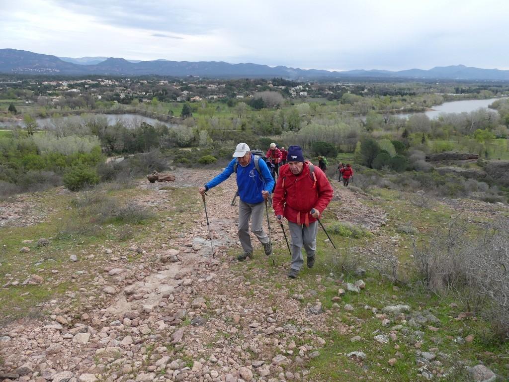 Traversée du Rocher de Roquebrune-Jeudi 29 mars 2018 EB9aMb