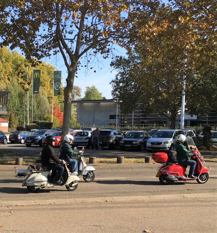 Ici le CR et les Photos du Rétro-Rencard à Strasbourg-Meinau du 8.10.2018 SJxpXN