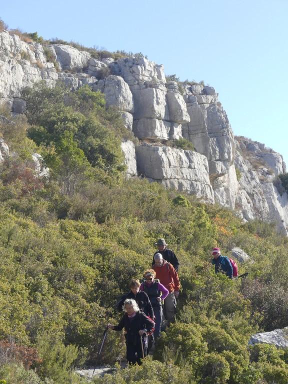 Garlaban-Pichauris-Plateau de l'Aroumi-Jeudi 30 novembe 2017 Ze64Z1