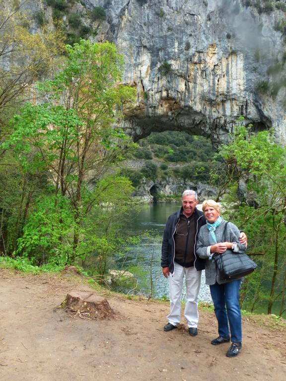 Gorges de l'Ardèche-Grotte Chauvet-Dimanche 17 avril 2016 FYxXfY