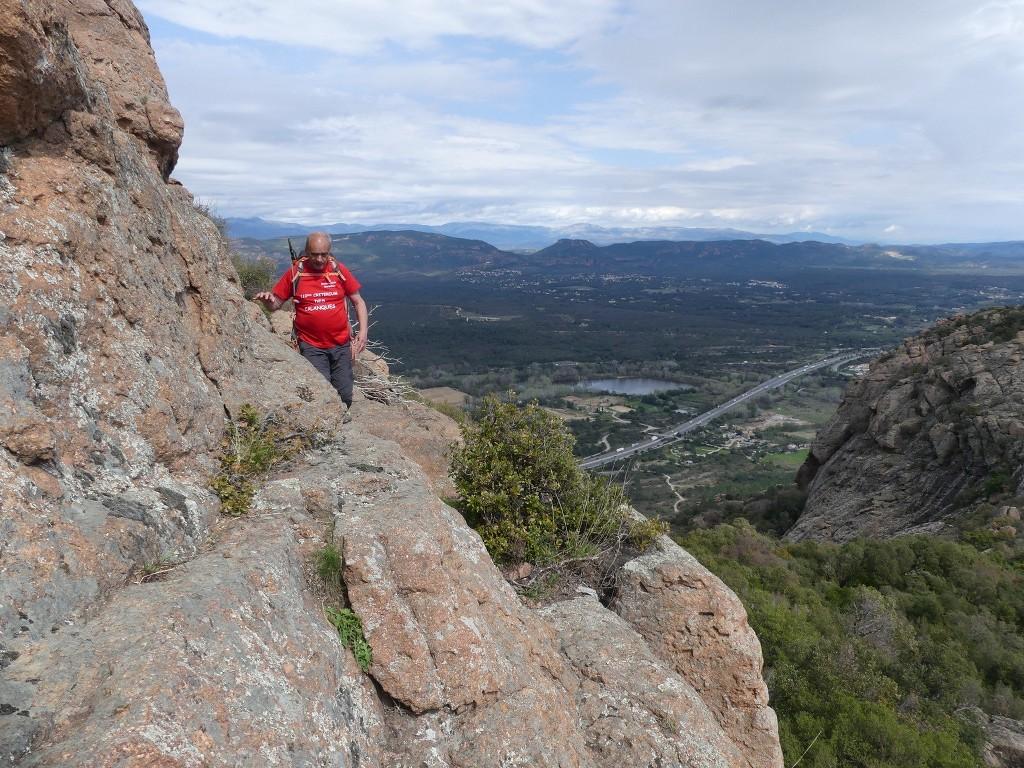 Traversée du Rocher de Roquebrune-Jeudi 29 mars 2018 RJzNIW