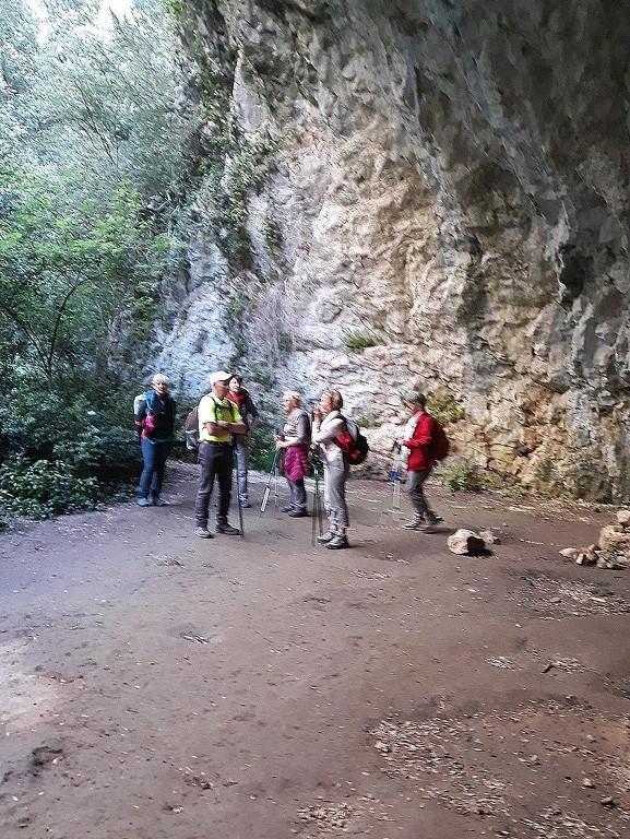 Mérindol- Gorges de Régalon - Samedi 5 mai 2018 YBt7Pb