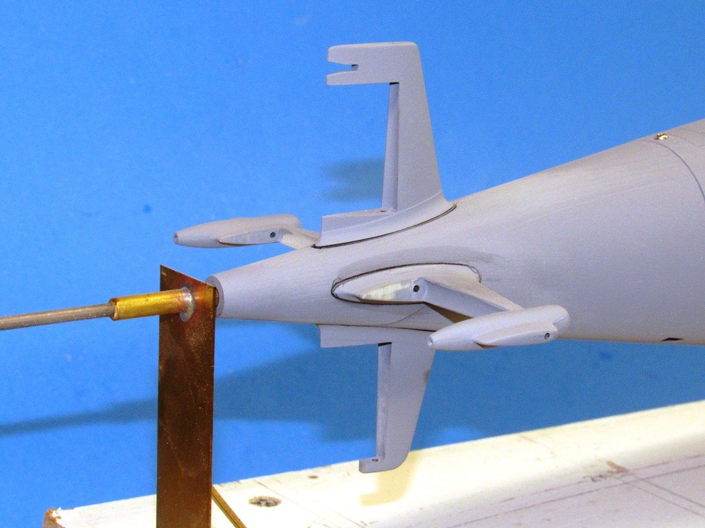 upgrading the SSY 1/96 ALFA kit - Page 2 B7ZU6O