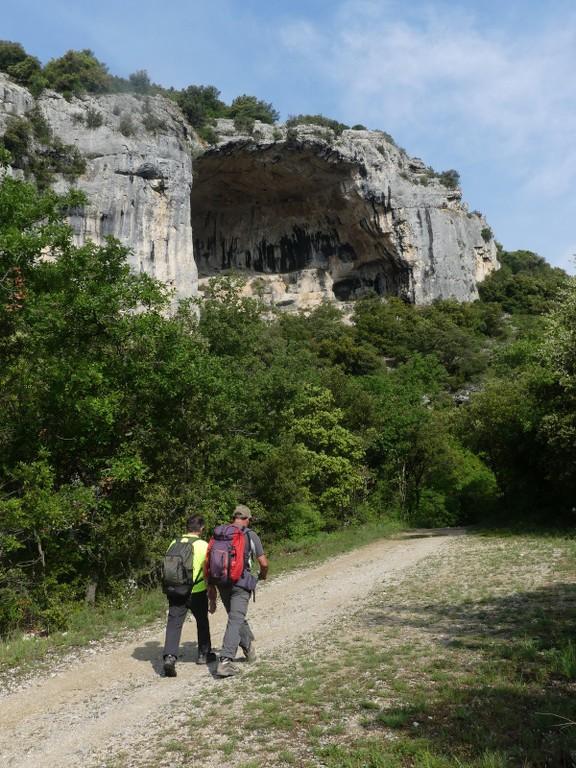 St Saturnin-lès-Apt-Baume Roustan-Jeudi 10 mai 2018 TojApF