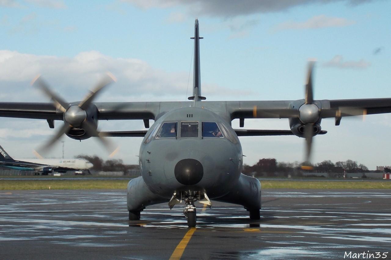 Casa CN-235 Armée de l'Air 62-II + Divers le 25.02.14 Cime